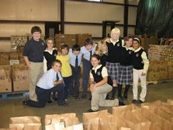 Click to view album: Holy Trinity Student Volunteers